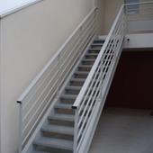 Escalier droit acier galvanisé