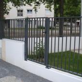 Nantes : Portillon et Clôture barreaudé en aluminium