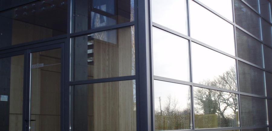 Extesion Brodu - Adm Brodu - Dugast Arch. : Mur rideau à cassette horizontale