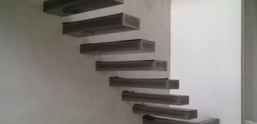 Nantes : Escalier en porte-à-faux
