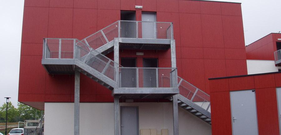 Escalier autoportant droit galvanisé