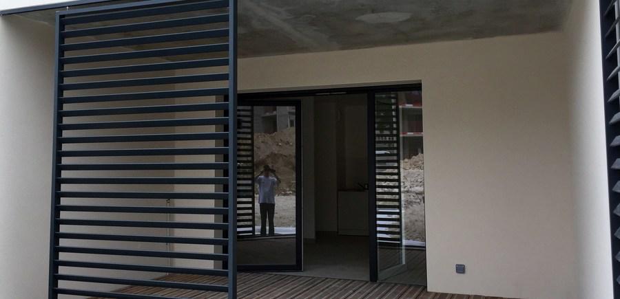 Balcons de Royance : VINCI Immobilier : Volet persienne coulissant aluminium